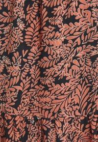 Kaffe - KAFINOLIA SKIRT - A-line skirt - black/coral - 2