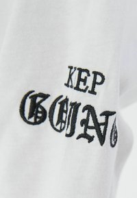 Bershka - Long sleeved top - white - 5