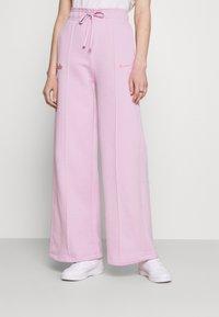 Nike Sportswear - PANT - Tracksuit bottoms - light arctic pink - 0