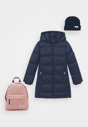 TEIKE SET - Winterjas - dark blue/old pink