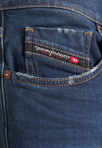 Diesel - D-STRUKT - Jeans Skinny Fit - dark blue - 4