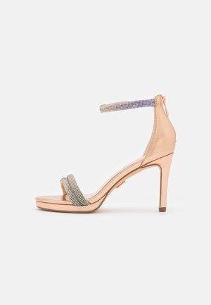 VEGAN SELMA - Sandaler med høye hæler - beige