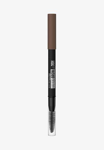 TATTOO BROW 36H - Eyebrow pencil - 5 medium brown