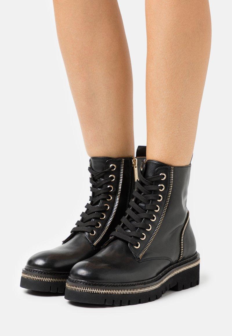 Steffen Schraut - 17 ZIP STREET - Lace-up ankle boots - black