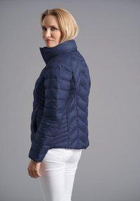 Junge - Down jacket - deep blue - 1