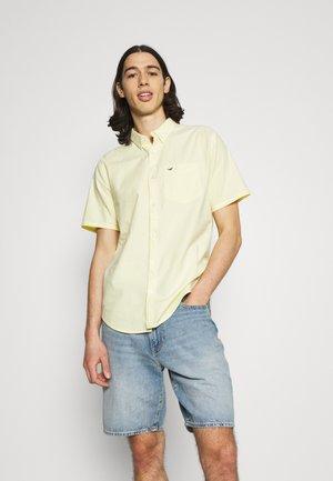 SOLID - Košile - yellow