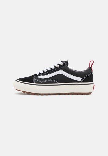 OLD SKOOL MTE 1 UNISEX - Sneakers - black/white