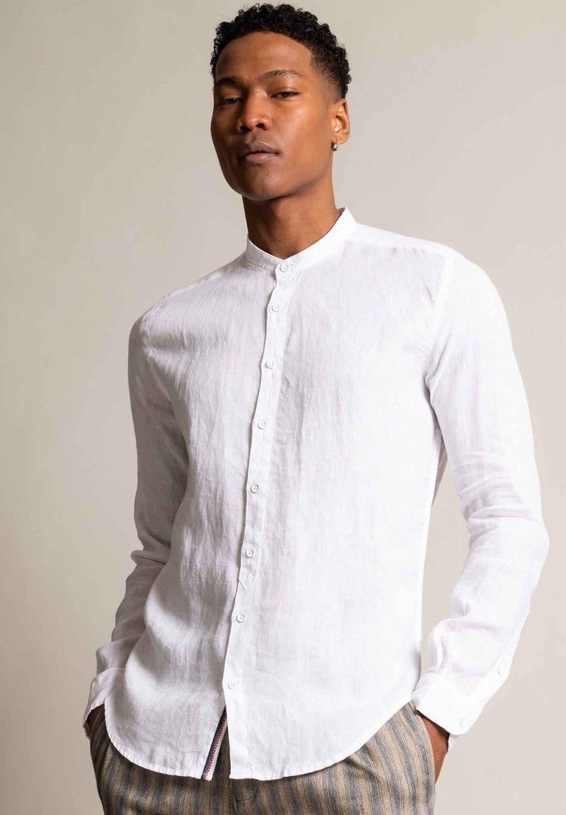 Autark - Shirt - weiß