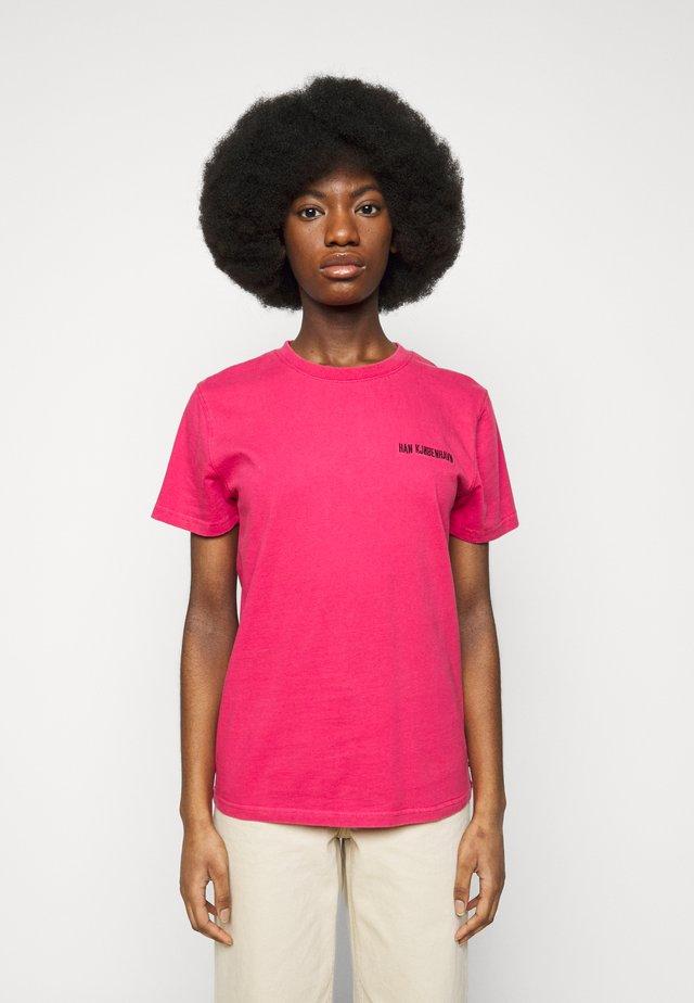 CASUAL TEE - T-shirt imprimé - faded dark pink