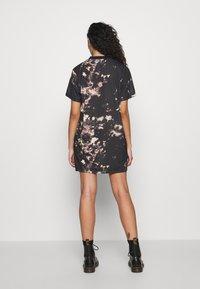 adidas Originals - DRESS - Žerzejové šaty - multicolor - 2