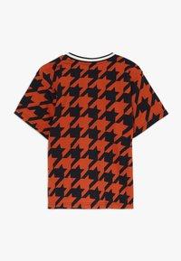 Hummel - Print T-shirt - burnt brick - 1