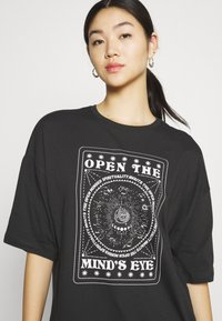 Even&Odd - T-shirt med print - anthracite - 3