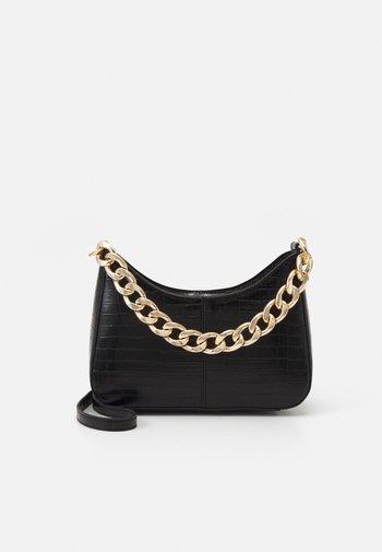 CHAIN XBODY - Handbag - black