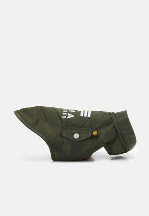 MA-1 DOG JACKET BACKPRINT - Övriga accessoarer - dark olive