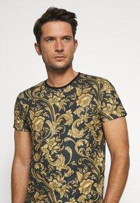 INDICODE JEANS - TOLEDO - Print T-shirt - black - 3