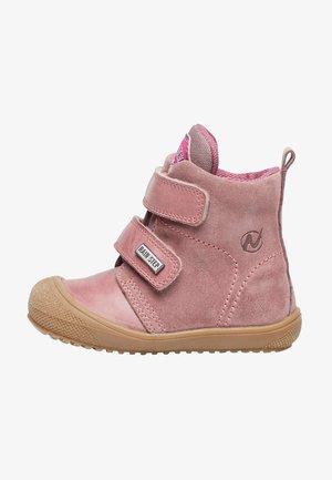 KLAUSEN VL - Baby shoes - rosa