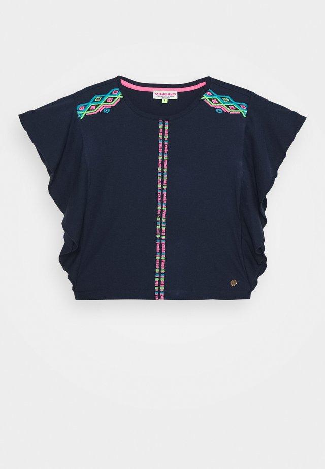 HINLEY - Print T-shirt - dark blue