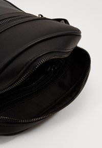 Valentino Bags - FINN - Sac bandoulière - nero - 2