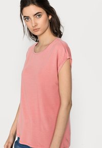 Vero Moda Tall - VMAVA PLAIN 2 PACK - Basic T-shirt - blue fog/old rose - 4