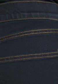 CAPSULE by Simply Be - PLUS - Denim shorts - vintage indigo - 5