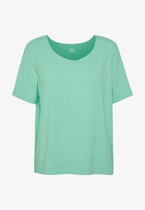 Jednoduché triko - mint