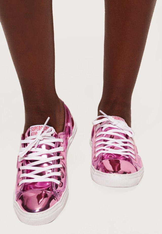 Sneakers laag - rauchig rosé