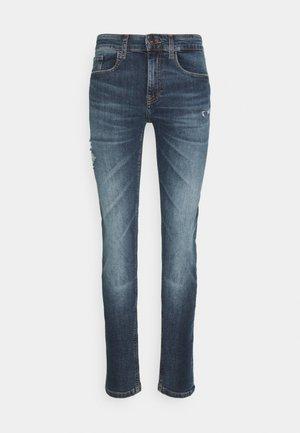 MILANO DESTROY - Jeans slim fit - pirate sea