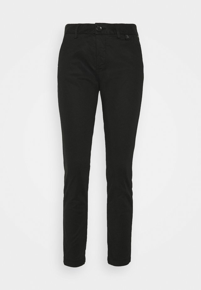 LOVELY POWERSTRETCH - Chinos - black