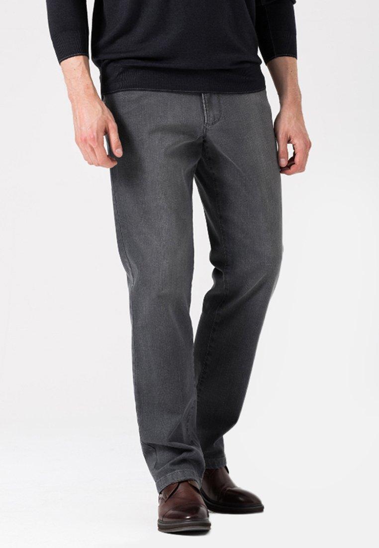 BRAX - Straight leg jeans - grey
