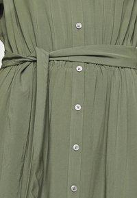 Banana Republic - TIE WAIST MIDI SHIRTDRESS SOLID - Vestido camisero - flight jacket - 7