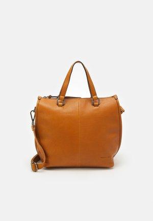 MOSS - Käsilaukku - caramel
