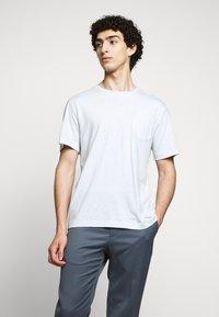 Tiger of Sweden - DIDELOT - Basic T-shirt - pastelblue - 0