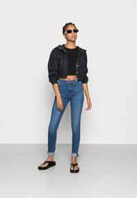ONLY - ONLPAOLA - Jeans Skinny Fit - medium blue denim - 1