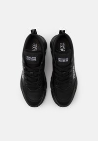 Versace Jeans Couture - Sneakers laag - black - 3