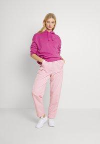 Nike Sportswear - HOODIE TREND - Sweatshirt - active fuchsia/white - 1