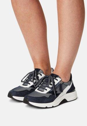 ROLLING SOFT - Sneakersy niskie - blue/weiss