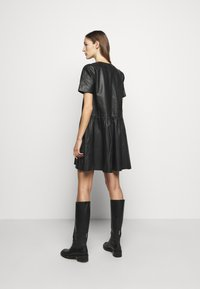 2nd Day - ASPEN DRESS - Denní šaty - black - 2