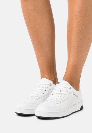 CUPSOLE LACEUP BASKET  - Trainers - bright white