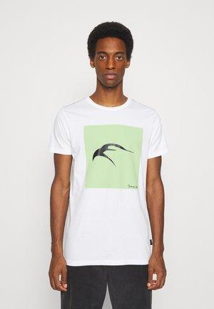 EAVEY - T-shirt print - off-white
