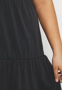 Vero Moda Curve - VMFILLI CALIA DRESS - Jersey dress - black - 4