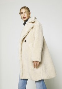 Vero Moda - VMLYNNE JACKET - Short coat - oatmeal - 6