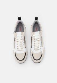 HUGO - ICELIN - Zapatillas - open white - 3