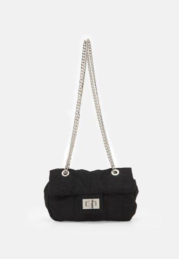 CROSSBODY BAG CHUCK XS - Across body bag - black