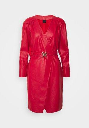 OTTAVIO DRESS - Shift dress - red
