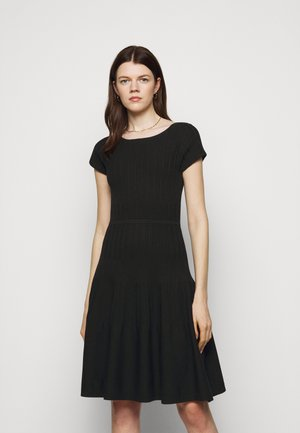 DRESS - Sukienka dzianinowa - caviar