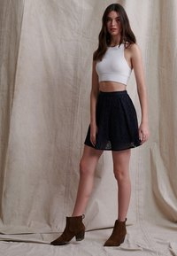 Superdry - BLAIR BRODERIE - A-line skirt - eclipse navy - 1