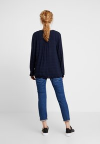 TOM TAILOR - BLOUSE SOLID  - Blůza - sky captain blue - 2