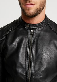 Produkt - PKTDLN DYLAN BIKER JACKET - Faux leather jacket - black - 5