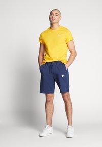 Nike Sportswear - CLUB - Shorts - midnight navy/white - 1