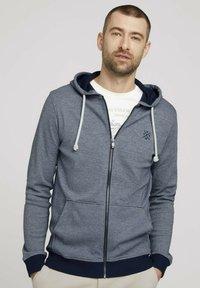 TOM TAILOR - Zip-up sweatshirt - offwhite navy stripe - 0